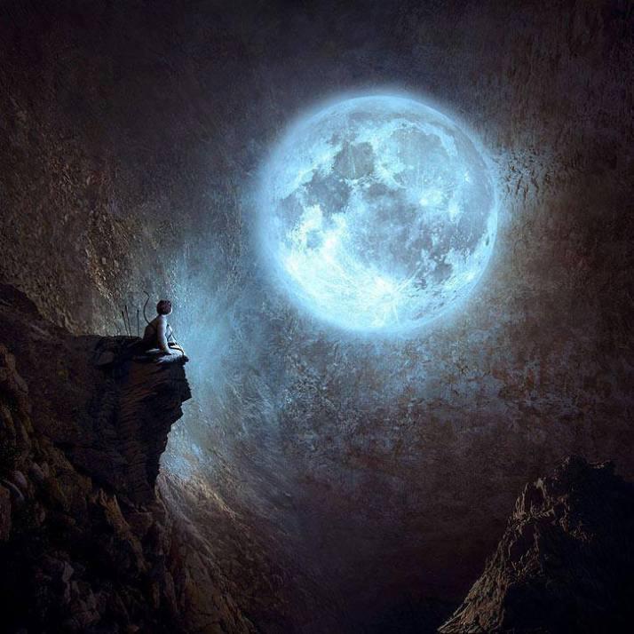 Moon in Gratitude